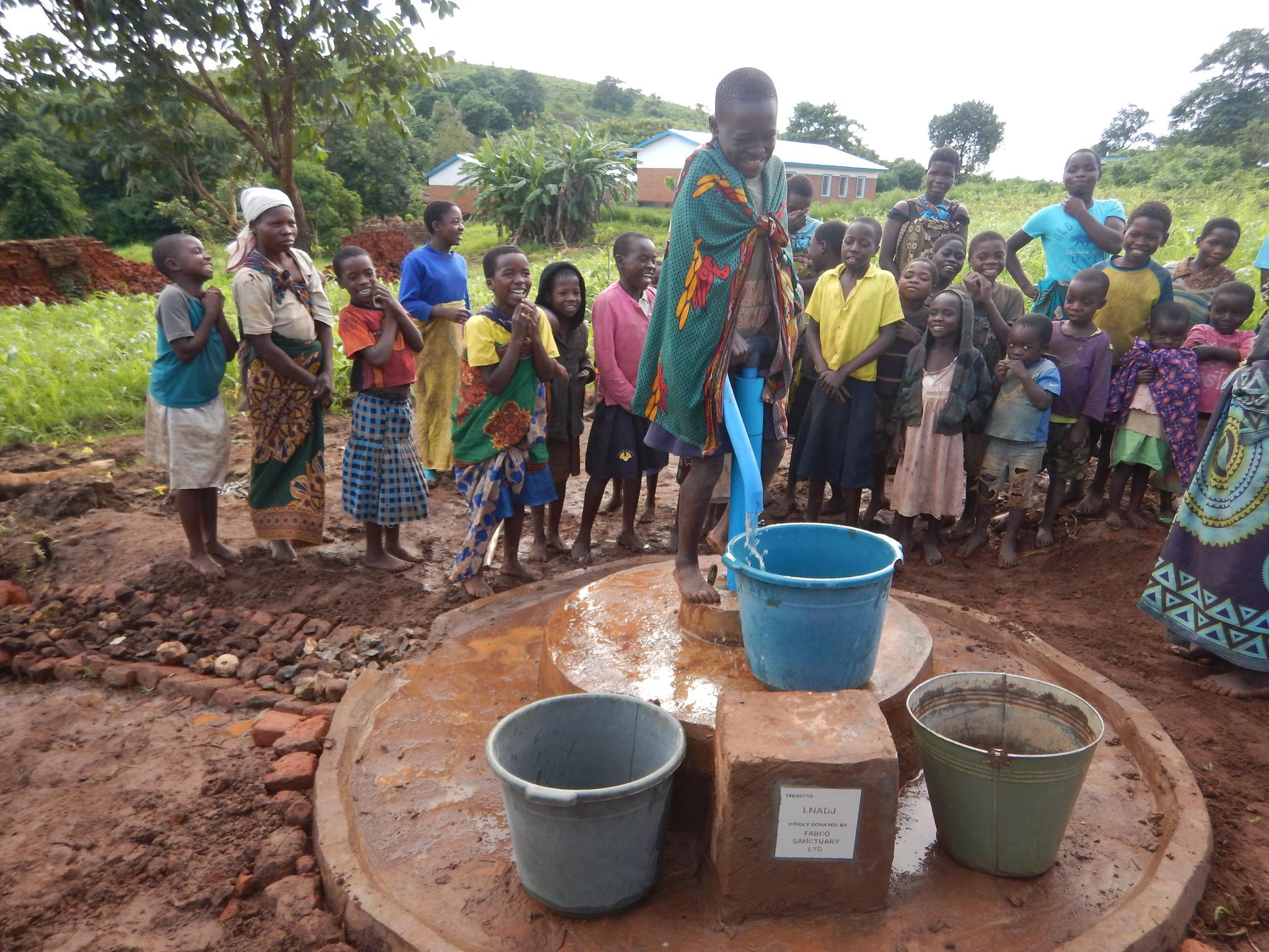 Afulu - pump 19D4D153