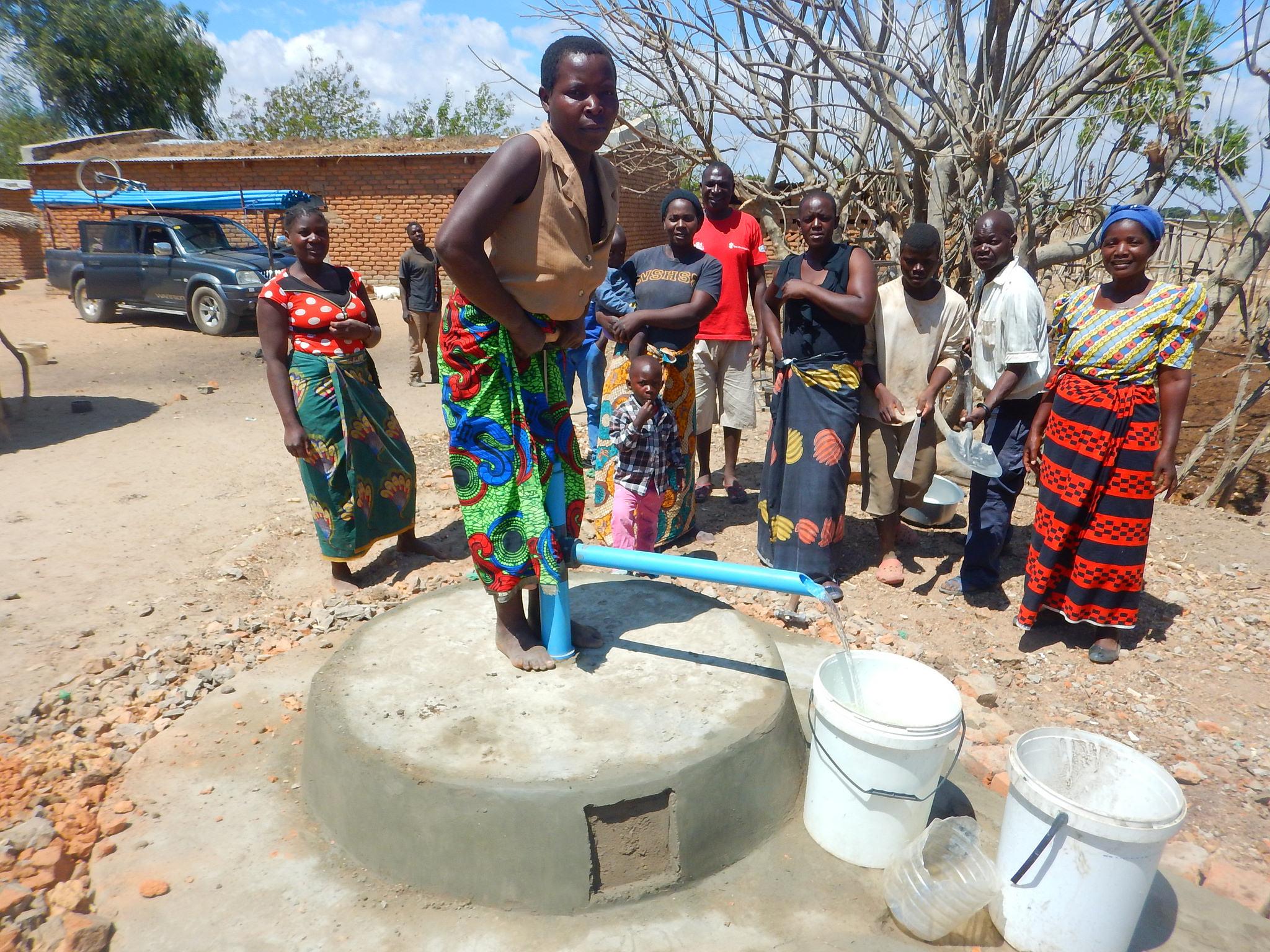 Kawinga - pump 18D4D036
