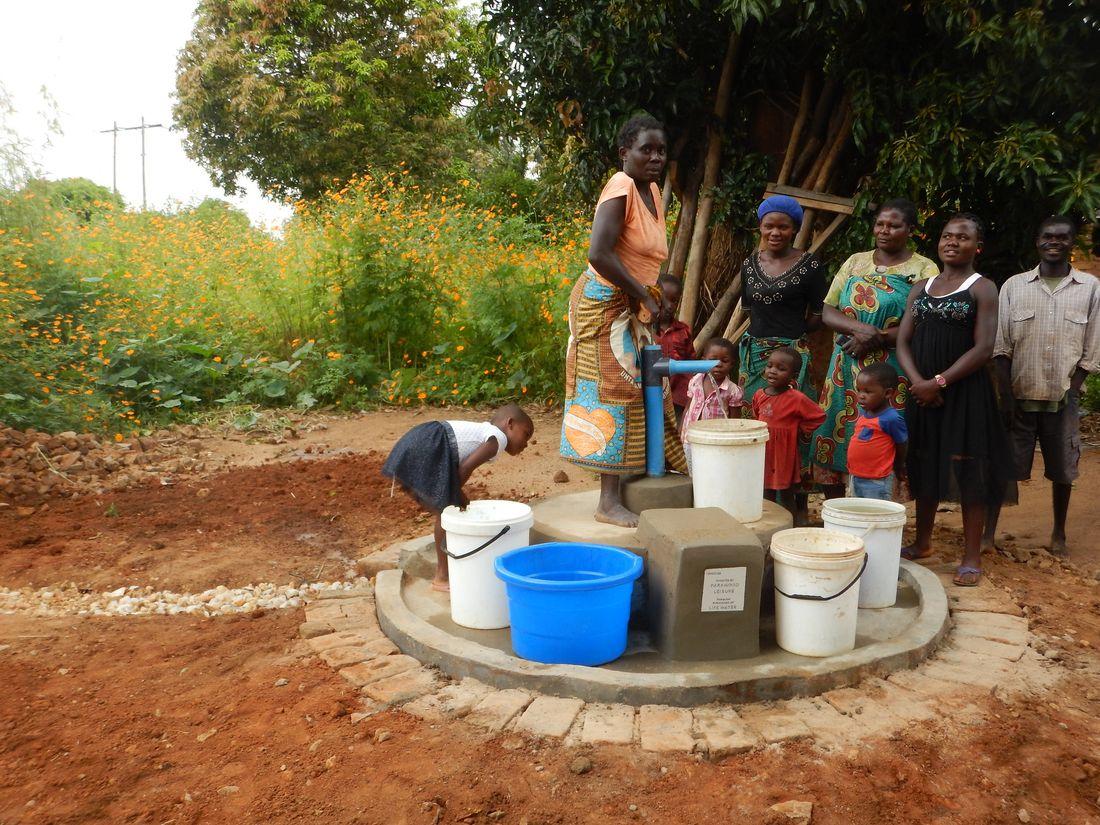 Isaki Mwale - pump 19D4D038