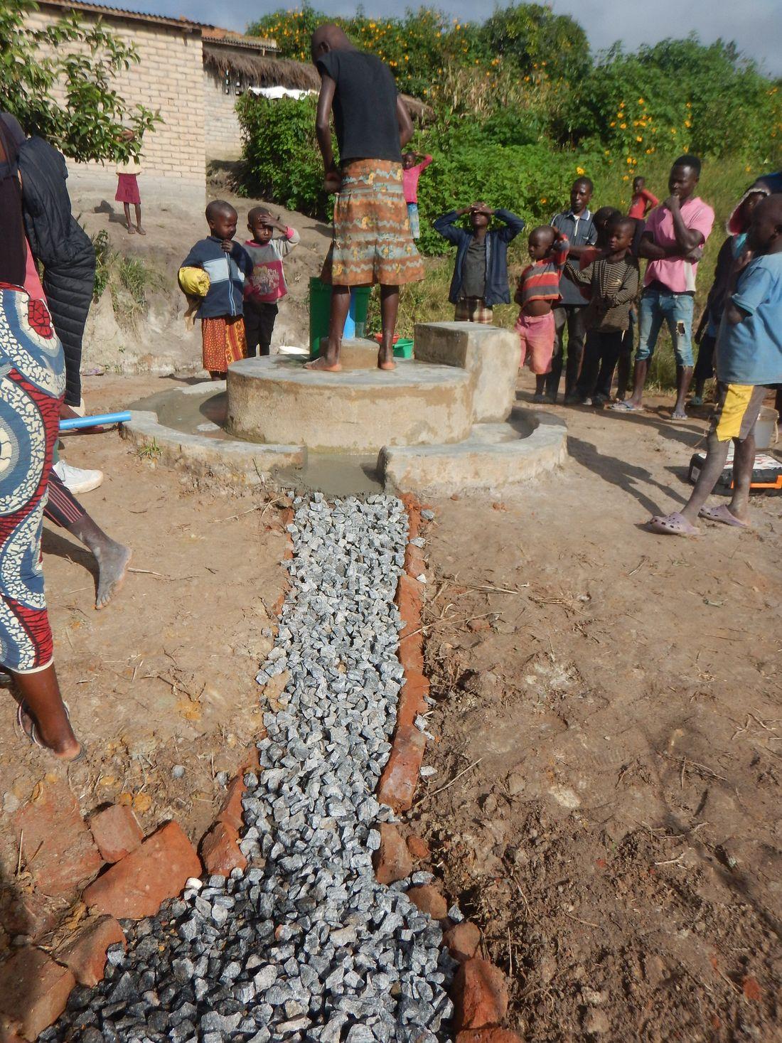 Kamweko Chavula - pump 19026